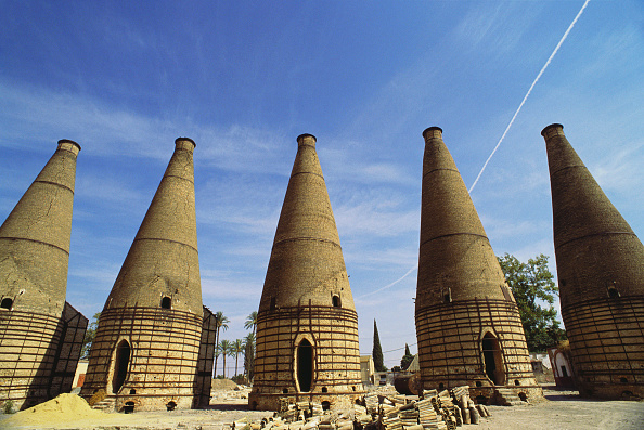 Tradition「Ceramic tile kilns, Seville, Spain, 1989」:写真・画像(18)[壁紙.com]