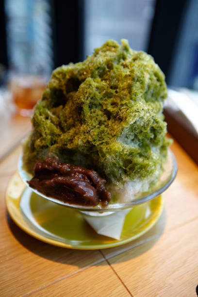 japanese shaved ice with matcha syrup:スマホ壁紙(壁紙.com)