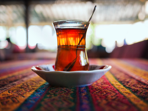 Unrecognizable Person「A cup of Turkish tea.」:スマホ壁紙(1)