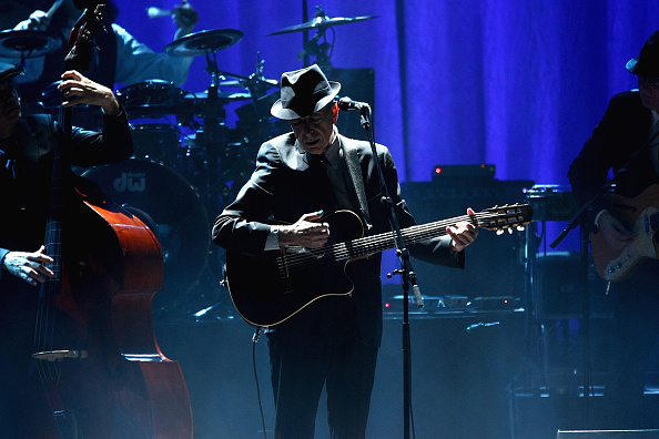Beacon Theater「Leonard Cohen Performs at the Beacon Theatre」:写真・画像(2)[壁紙.com]