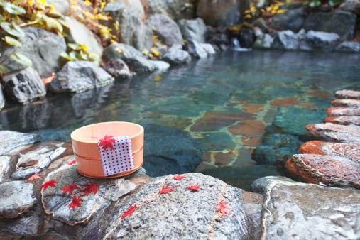 Japanese Maple「Japanese-style hot spring in autumn」:スマホ壁紙(2)