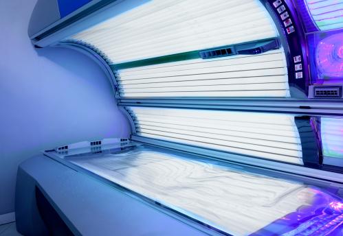 Ultraviolet Light「empty sunbed switched on」:スマホ壁紙(3)