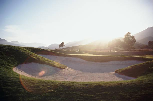 bunker at golf course:スマホ壁紙(壁紙.com)