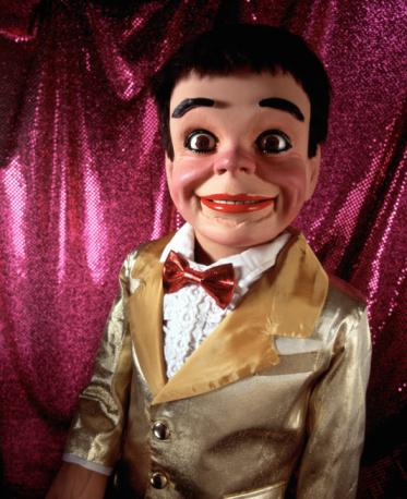 Formalwear「Ventriloquist's dummy」:スマホ壁紙(1)