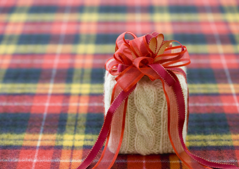 Tartan check「Knit gift box」:スマホ壁紙(1)