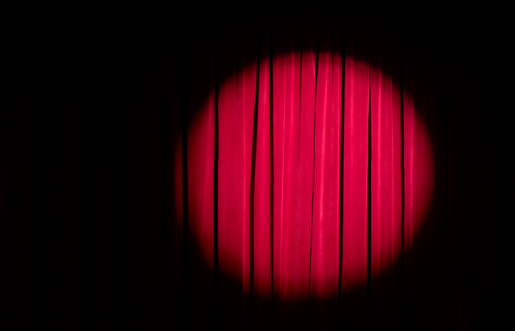 Lighting Equipment「Spot light on red theatre curtains」:スマホ壁紙(14)