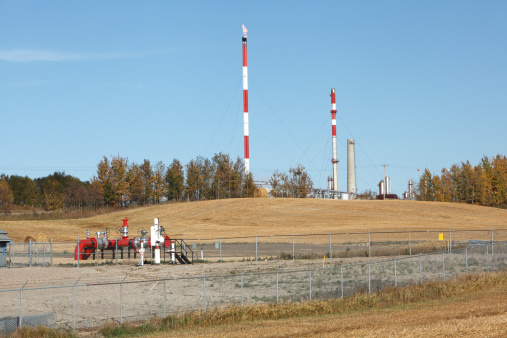 Fireball「Agricultural Land With Red And White Gas Plant」:スマホ壁紙(1)