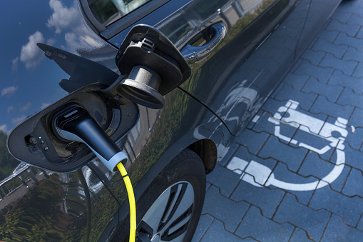 Development「Charging of an electric car」:スマホ壁紙(3)