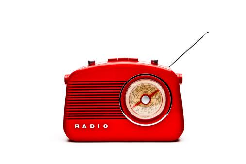 Radio「Retro Red Radio Set, Studio Isolated」:スマホ壁紙(12)
