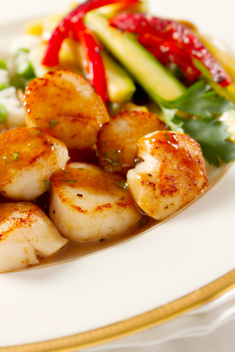 Tarragon「Seared Scallops with Tarragon-Butter Sauce」:スマホ壁紙(12)