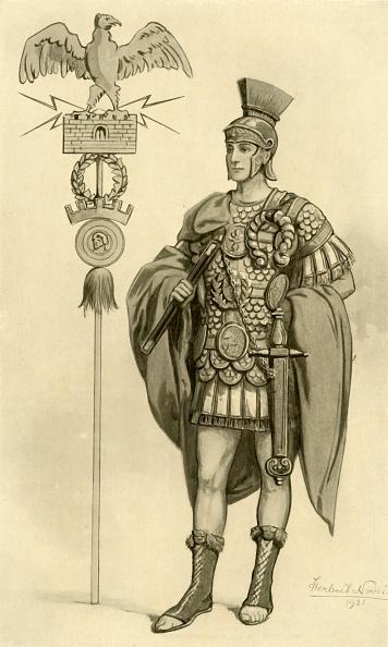 20th Century Style「A Roman General」:写真・画像(2)[壁紙.com]