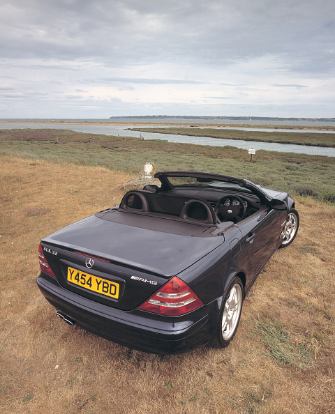 Grass Family「2001 Mercedes Benz SLK 320 AMG」:写真・画像(16)[壁紙.com]