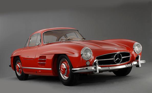 Finance and Economy「1957 Mercedes Benz 300 SL Gullwing」:写真・画像(7)[壁紙.com]