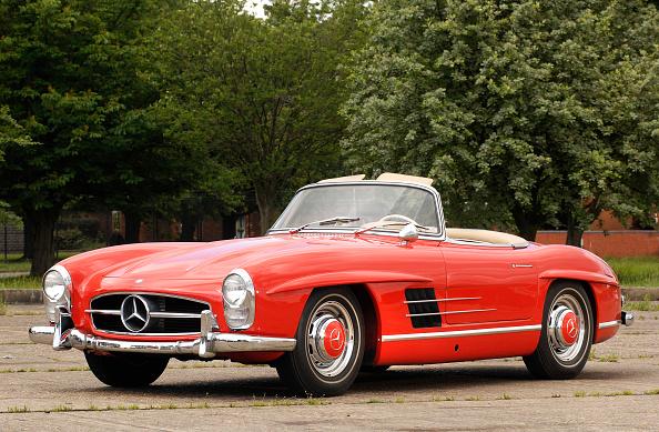 Finance and Economy「1961 Mercedes Benz 300SL」:写真・画像(3)[壁紙.com]