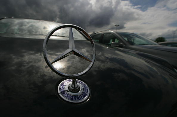 Mercedes-Benz「Germany Debates Effects Of Value Added Tax」:写真・画像(4)[壁紙.com]