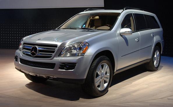 Land Vehicle「Detroit Auto Show Showcases Industry's Newest Models」:写真・画像(1)[壁紙.com]