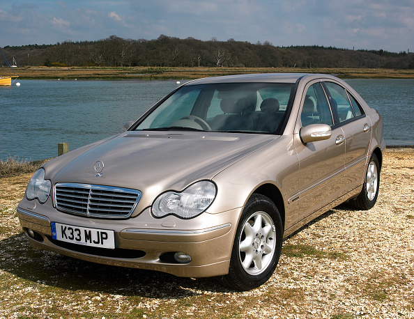 Journey「2002 Mercedes Benz C220 cdi」:写真・画像(16)[壁紙.com]