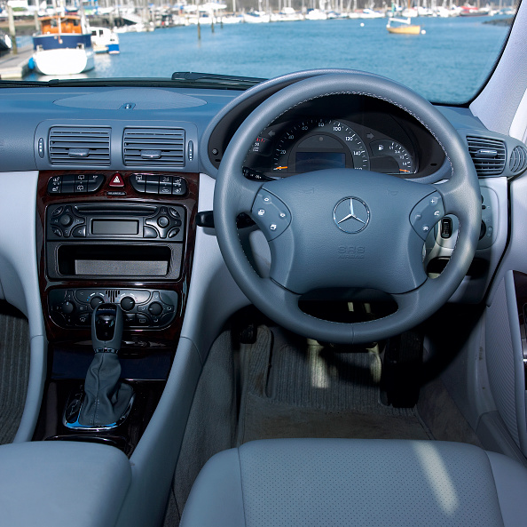 Sunny「2003 Mercedes Benz C270 Estate」:写真・画像(17)[壁紙.com]