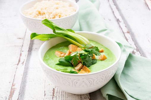 Jasmine Rice「Green thai curry with spinach, pak choi, tofu, coriander and jasmine rice」:スマホ壁紙(8)