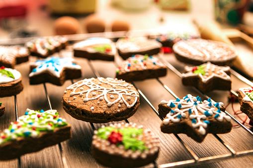 Gingerbread Man「Fresh Gingerbread Christmas Cookies」:スマホ壁紙(17)