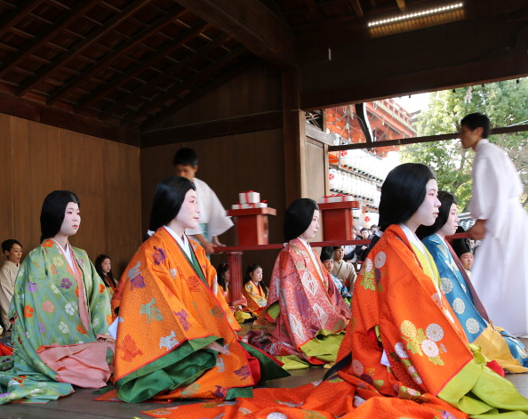 Tanka「Ceremony of the First Karuta Card Game Of New Year Held In Kyoto」:写真・画像(8)[壁紙.com]