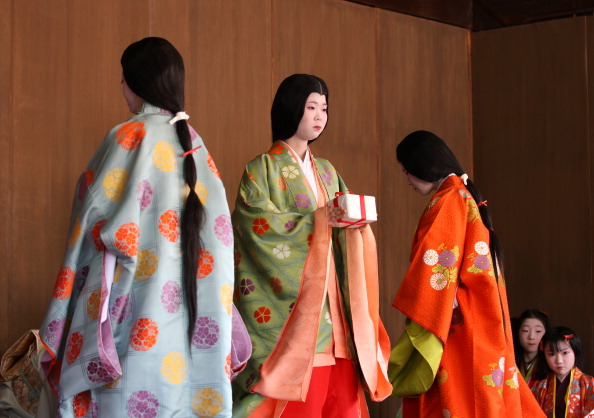 Tanka「Ceremony of the First Karuta Card Game Of New Year Held In Kyoto」:写真・画像(19)[壁紙.com]