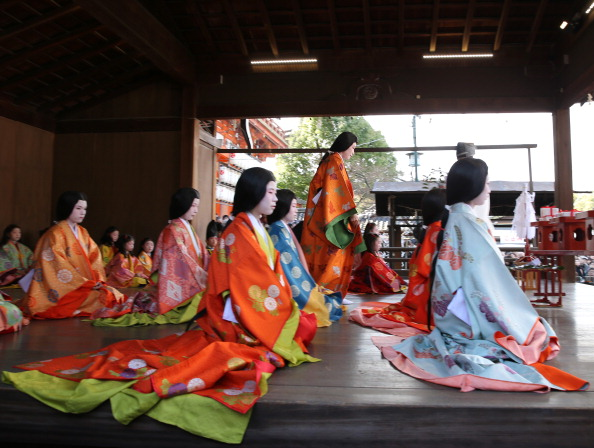 Tanka「Ceremony of the First Karuta Card Game Of New Year Held In Kyoto」:写真・画像(3)[壁紙.com]