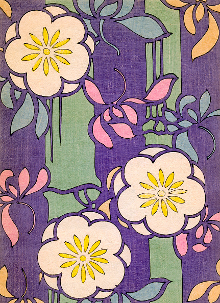 着物「Flowers on Purple Background」:写真・画像(5)[壁紙.com]