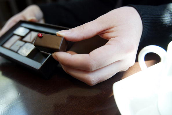 チョコレート「Japanese Consumers Enjoy The Health Benefits of Dark Chocolate」:写真・画像(19)[壁紙.com]