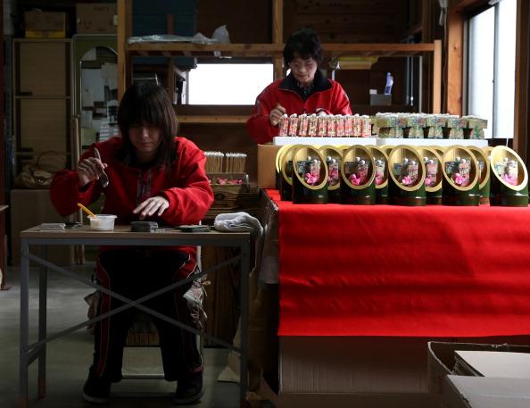 Hinamatsuri「Doll Making For Girl's Day In Full Swing」:写真・画像(16)[壁紙.com]