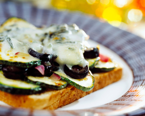 Scalloped - Pattern「Toast with zucchini and cheese」:スマホ壁紙(19)