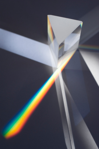 Prism「Prism splitting light into color spectrum」:スマホ壁紙(17)