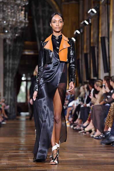 Hosiery「Lanvin : Runway - Paris Fashion Week Womenswear Spring/Summer 2017」:写真・画像(1)[壁紙.com]