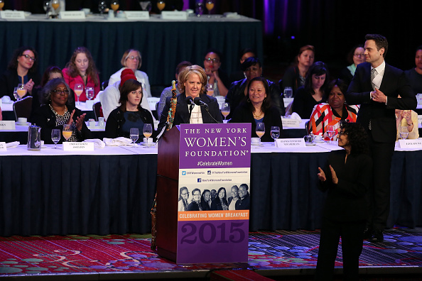 Large Group Of People「Celebrating Women Breakfast Hosted By The New York Women's Foundation」:写真・画像(14)[壁紙.com]