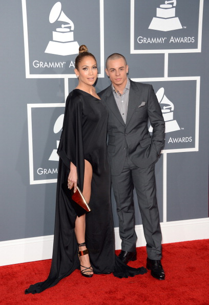 Gold Purse「The 55th Annual GRAMMY Awards - Arrivals」:写真・画像(5)[壁紙.com]