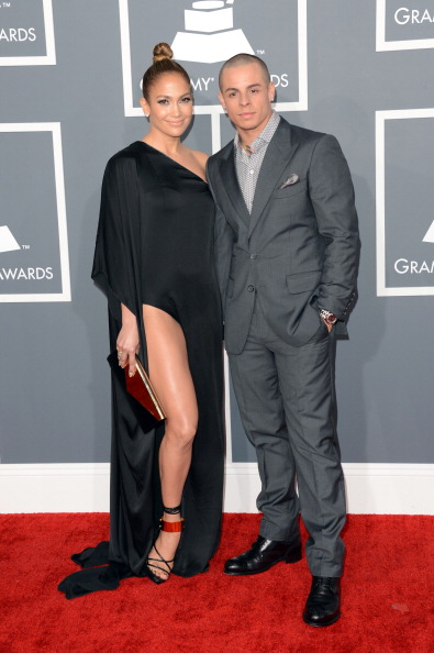 Gold Purse「The 55th Annual GRAMMY Awards - Arrivals」:写真・画像(18)[壁紙.com]