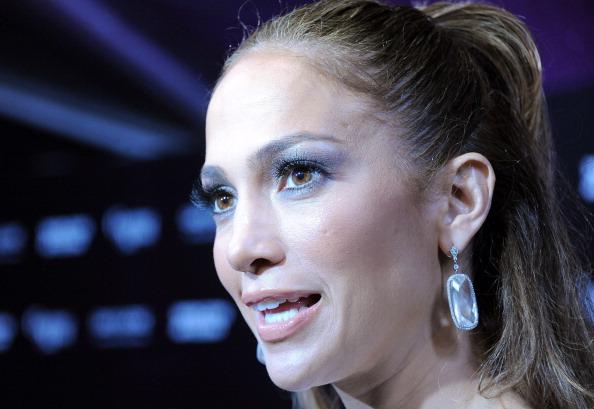 2011 American Music Awards「Jennifer Lopez's 2011 American Music Awards Post-Party - Arrivals」:写真・画像(3)[壁紙.com]