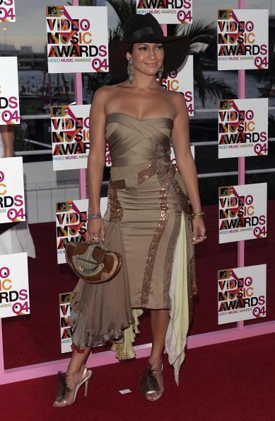 Metallic Dress「2004 MTV Video Music Awards - Arrivals」:写真・画像(3)[壁紙.com]
