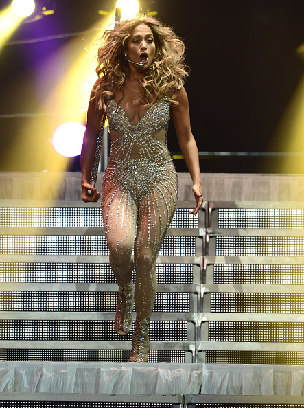 Metallic Shoe「Atlantico Rum Celebrates The Los Angeles Enrique Iglesias And Jennifer Lopez Concert」:写真・画像(4)[壁紙.com]