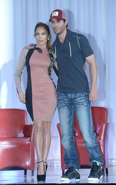 Enrique Iglesias - Singer「Enrique Iglesias, Jennifer Lopez And Wisin Y Yandel  Press Conference」:写真・画像(2)[壁紙.com]