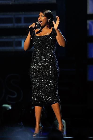 Scooped Neck「51st Annual Grammy Awards - Show」:写真・画像(10)[壁紙.com]