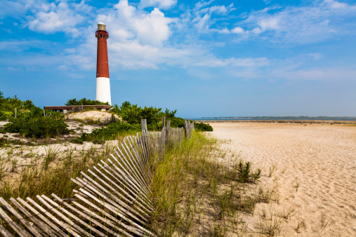 New Jersey「Barnegat Lighthouse, sand, beach, dune fence, New Jersey」:スマホ壁紙(3)