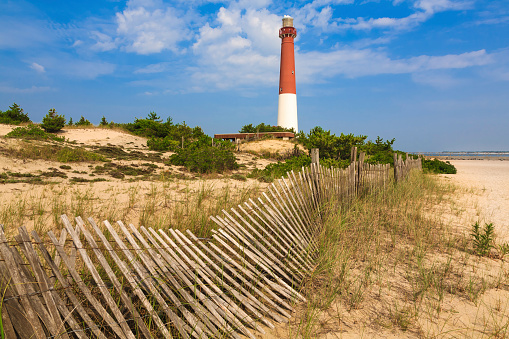 New Jersey「Barnegat Lighthouse, sand, beach, dune fence, New Jersey」:スマホ壁紙(16)