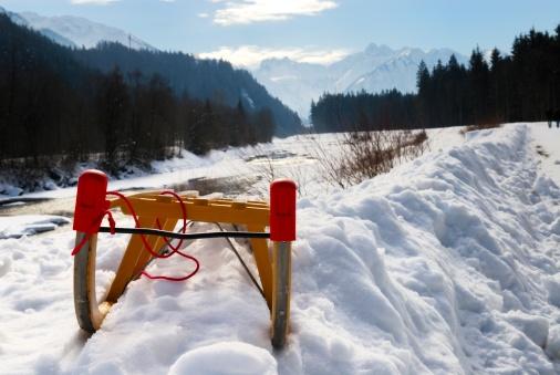 Sled「sled in winter landscape」:スマホ壁紙(7)