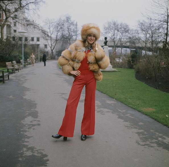 Fashion「Olivia Newton-John」:写真・画像(13)[壁紙.com]