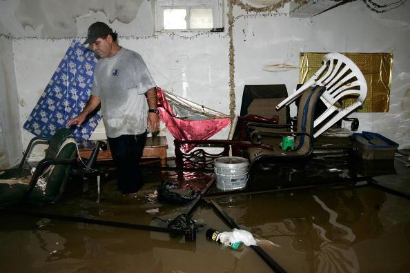 Torrential Rain「Heavy Weekend Rain Creates East Coast Flooding」:写真・画像(1)[壁紙.com]