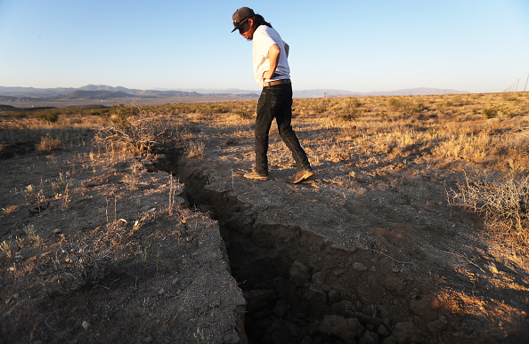 California「6.4 Magnitude Earthquake Rattles Southern California」:写真・画像(12)[壁紙.com]
