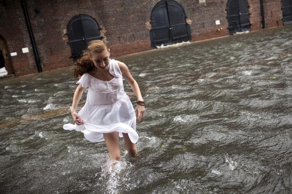 Robert Nickelsberg「New York City Hit By Hurricane Irene」:写真・画像(0)[壁紙.com]
