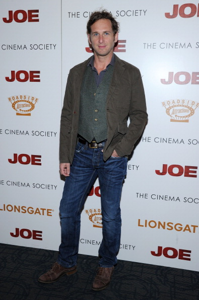"""Josh Lucas「Lionsgate And Roadside Attractions With The Cinema Society Host The Premiere Of """"Joe"""" - Arrivals」:写真・画像(16)[壁紙.com]"""