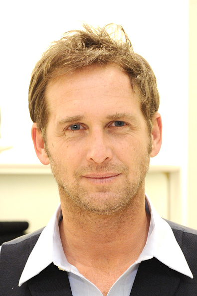 Josh Lucas「BROOKS BROTHERS Celebrates The Holidays With St Jude Children's Research Hospital」:写真・画像(11)[壁紙.com]